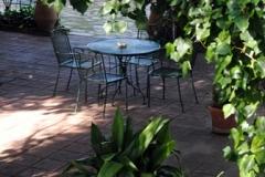 planta y mesa terraza